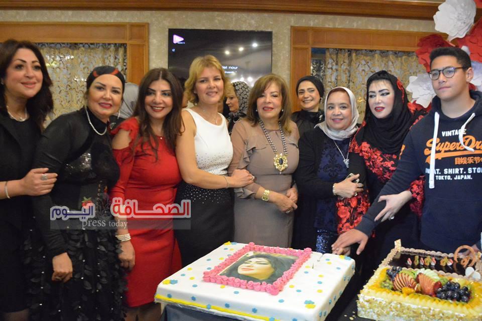 بالصور ..  د. شيرين حجازى تحتفل بعيد ميلاد بحضور سيدات المجتمع