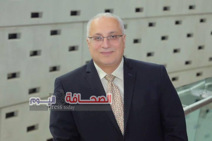د. سامح فوزي يرصد تجربة التغيير الانساني في العلاقة بين الذات والآخر