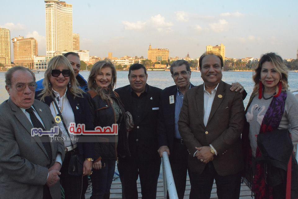 بالصور .. رئيس مؤسسة الليونز العالمى فى نزهة نيلية بالقاهرة