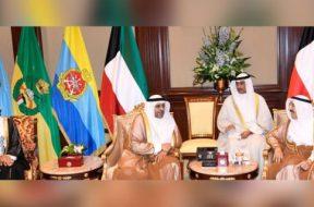 وزير الإعلام العُماني يبحث في الكويت تعزيز أُطر التعاون الإعلامي