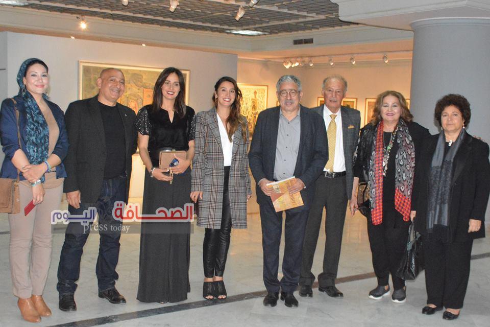 """بالصور .. ختام رائع لمعرض الفنان """"أحمد شيحة"""""""