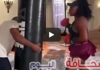 شاهد: سيرينا ويليامز تتلقى درسآ فى الملاكمه على يد تايسون