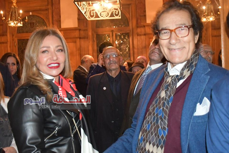 بالصور .. نجوم المجتمع فى إفتتاح المعرض السنوى للفنان فاروق حسنى
