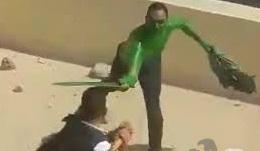 الرجل الأخضر الذى حاول إقتحام مدينة الانتاج الاعلامى يعانى من مرض نفسى