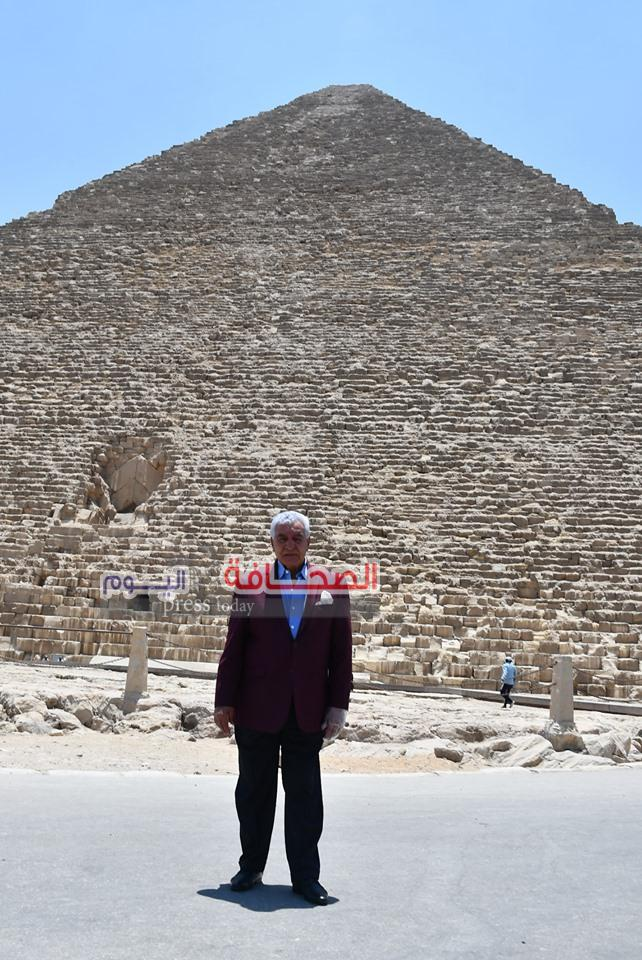بالصور ..د. زاهى حواس يدعو ملوك ورؤساء العالم لزيارة منطقة أهرامات الجيزة