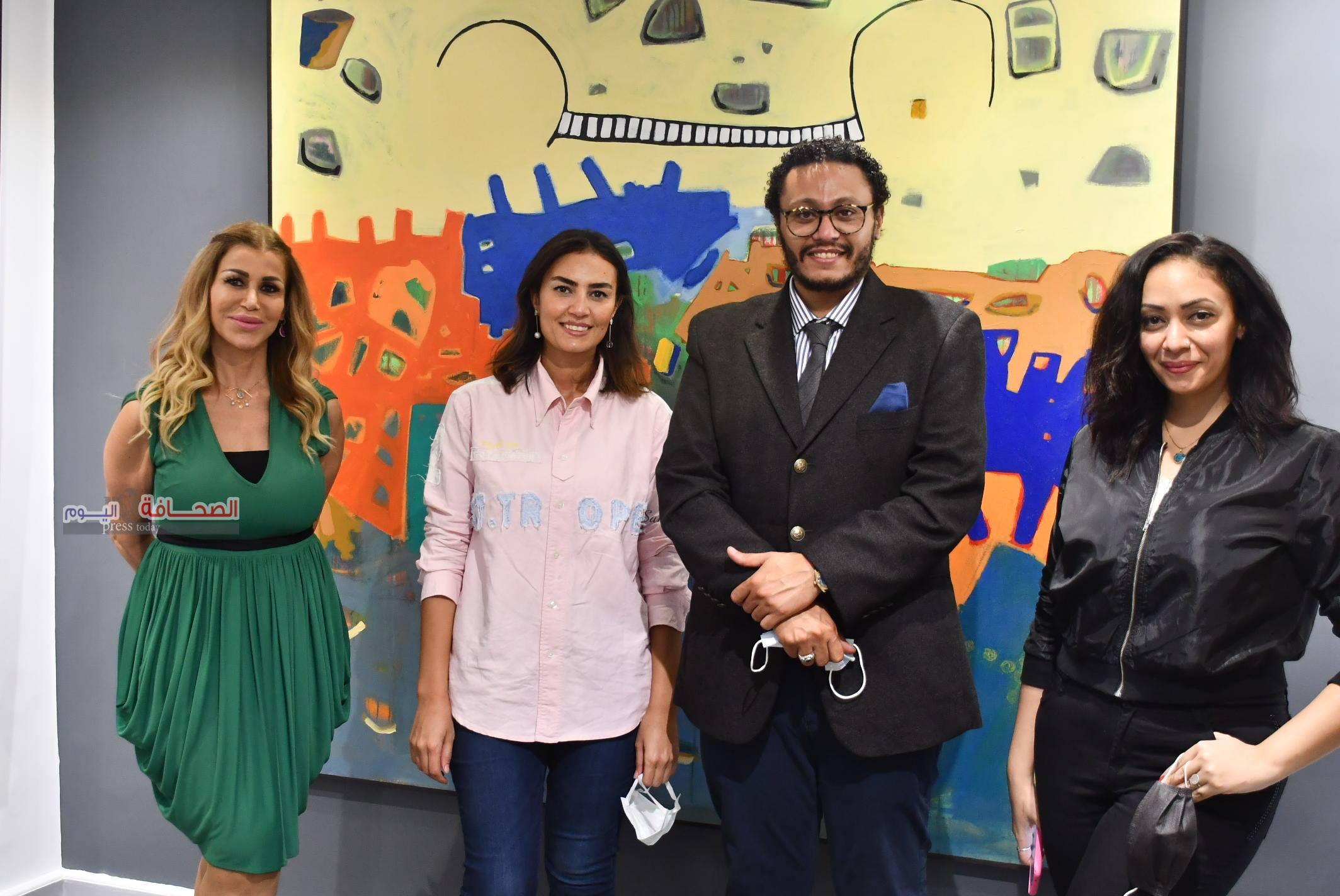 بالصور .. إفتتاح معرض مقدمة للفنان أحمد جعفرى